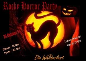 Bei unserer schaurigen Rocky Horror Halloween Party in der Waldeslust in Unterhaching tanzt selbst Dracula im Grab